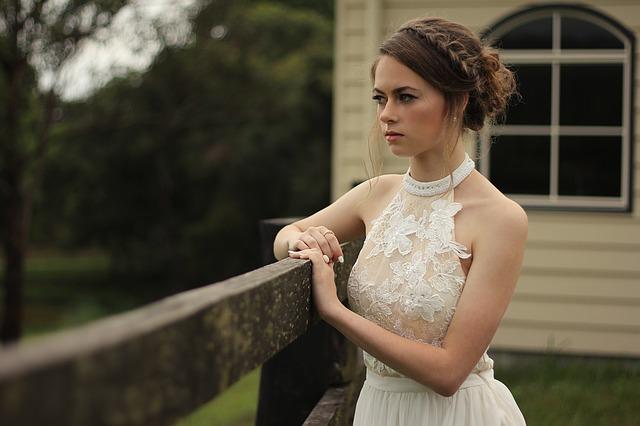 איך להתמודד עם הלחץ בזמן ההכנות לחתונה?